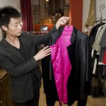 "Une veste en soie ""Nicely Made in China"" par le couturier Huang Yue."