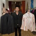 Les vêtements d'homme: une spécialité de Huang Yue.