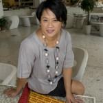 Lucy Young la créatrice et propriétaire de Papertiger photographiée chez Trend's à The Place à Pékin.