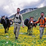 Red Rock owners Ed Jocelyn (L) and Yang Xiao (R) with their mules on the Long March trail between Daocheng and Litang, Sichuan province.