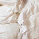 Burnt Oringe organic cotton bed linen (Ph.Darren LeBeuf)