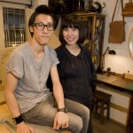Baldwin Pui 和 Hoi Ming Fung 在他们位于香港中环的工作室里。