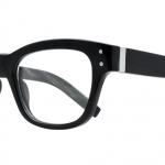 Tom Davies制作的水牛角眼镜: 在英国进行设计,但在中国进行纯手工制作。